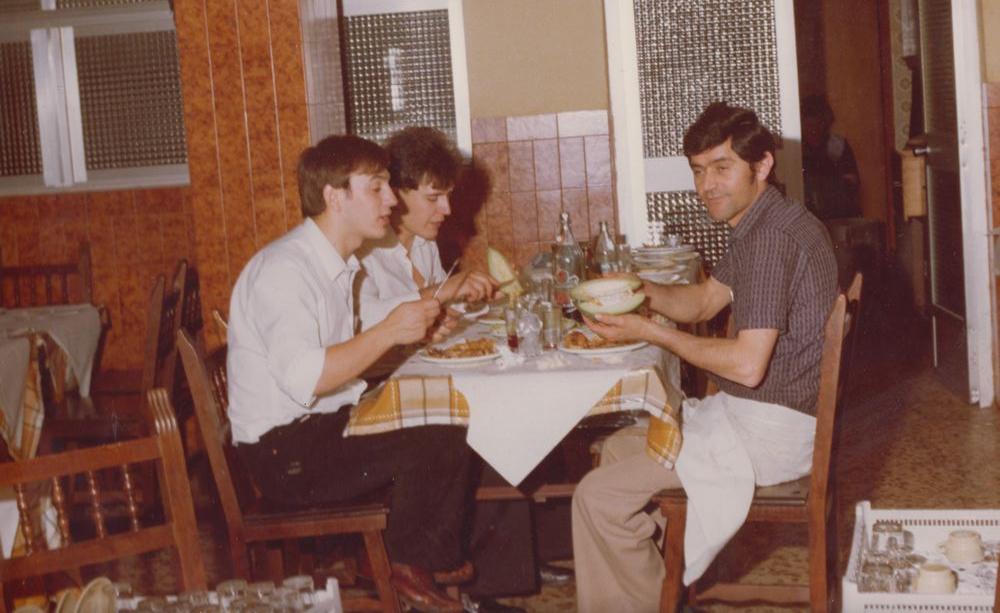 Comiendo_despues_del_Trabajo_en_1979