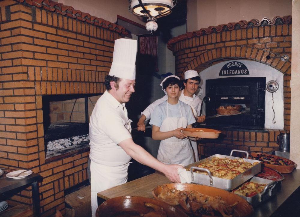 Inaugurando_el_Horno_1982